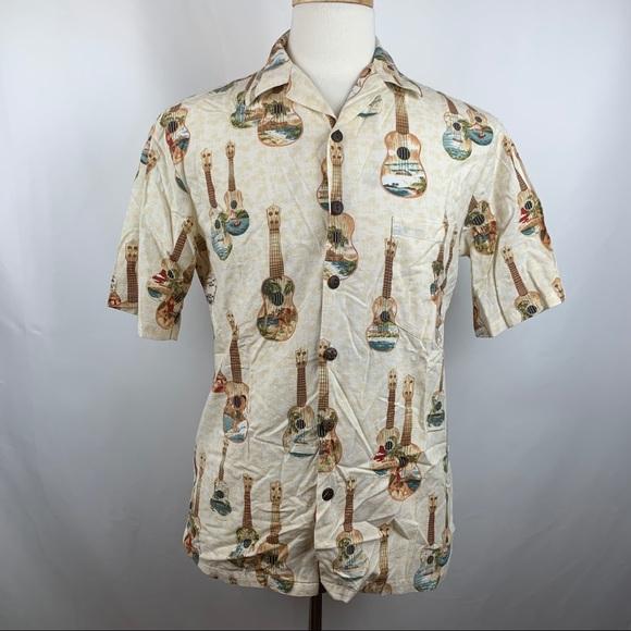Hilo Hattie Other - Vtg Hilo Hattie Guitars Beach Hawaiian Camp Shirt